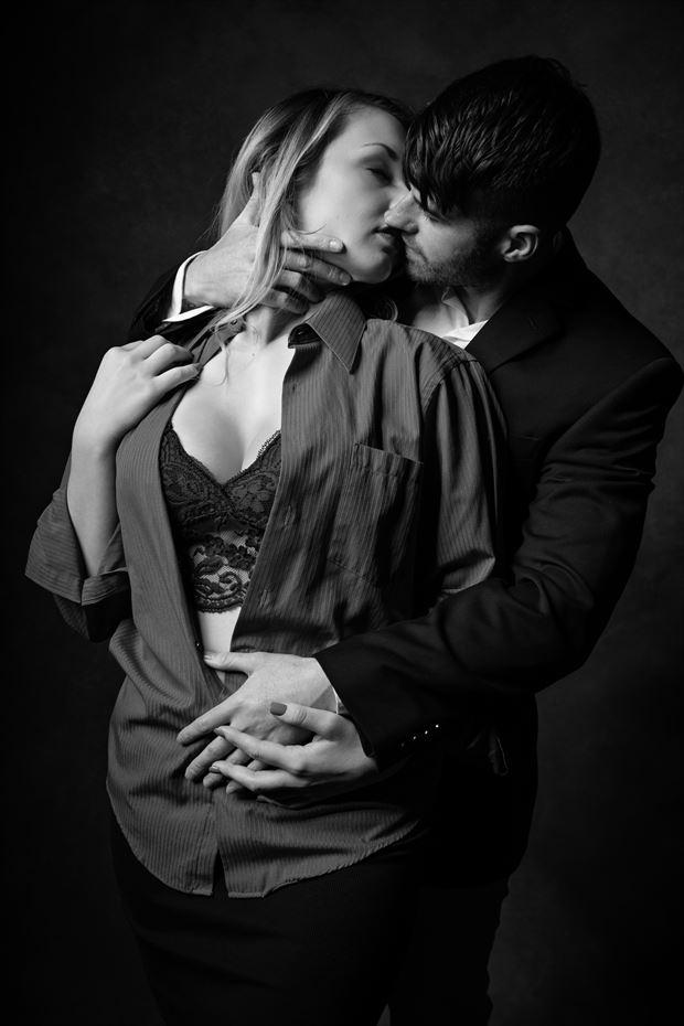 sensual studio lighting photo by photographer kengehring