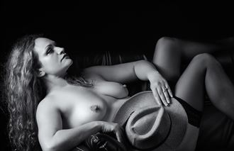 serious language artistic nude photo by photographer mslygh