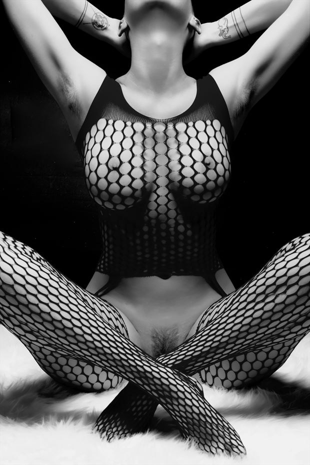 shades of katlin artistic nude photo by photographer philip turner