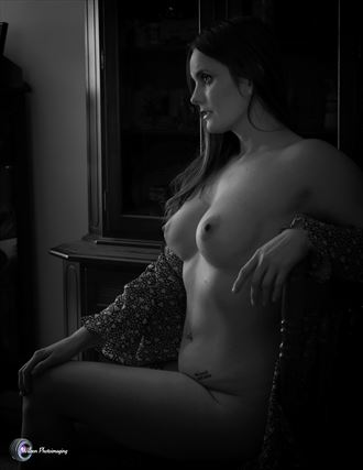 sharna in profile artistic nude photo by photographer willson photo