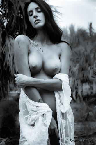 shays beauty artistic nude photo by photographer kayote