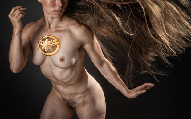 she s just marvel ous artistic nude photo by photographer rick jolson