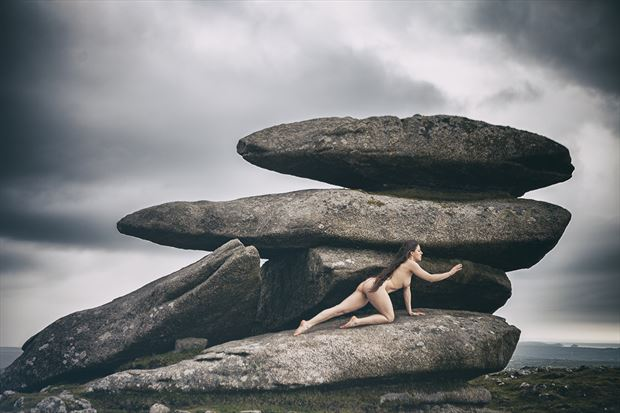 shelter from the coming storm artistic nude photo by photographer imagesse