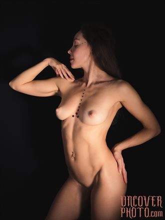 shinny artistic nude photo by photographer uncoverphoto