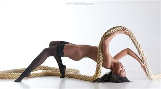 show me the ropes artistic nude photo by photographer erik bolding