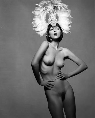 showgirl 3 artistic nude photo by photographer bruce m walker