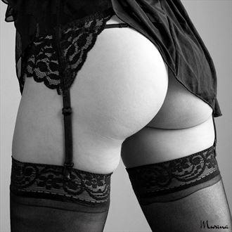shu liana i artistic nude photo by photographer mwana