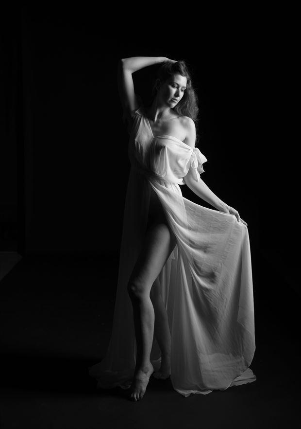 sienn 100 lingerie photo by photographer linda hollinger