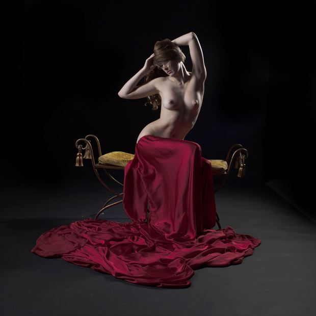 sienna 109 artistic nude photo by photographer linda hollinger