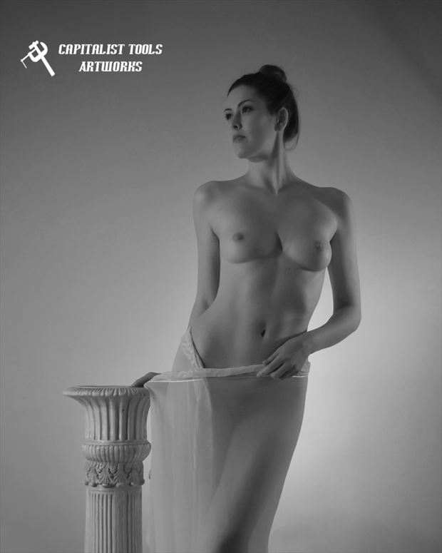 sienna 7 artistic nude photo by photographer capitalist tools