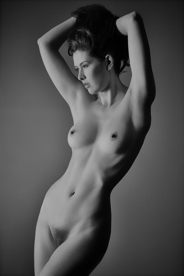 sienna in studio artistic nude photo by photographer nostromo images