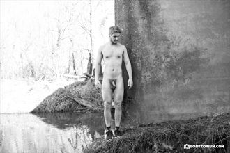 simon artistic nude photo by photographer phil dlab