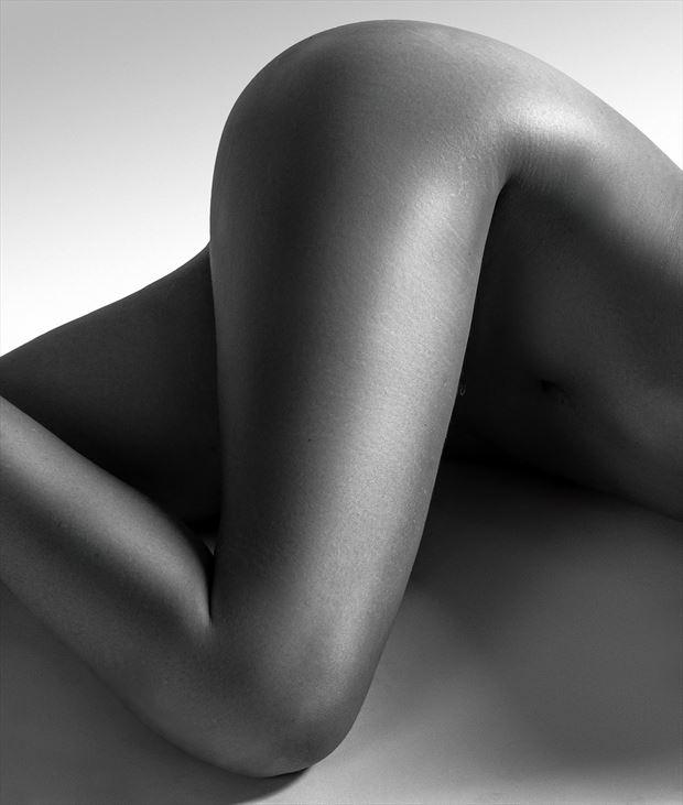 simple geometry artistic nude photo by photographer thatzkatz