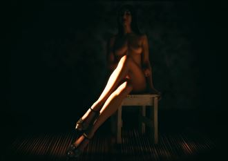 sitting artistic nude photo by photographer paul wright