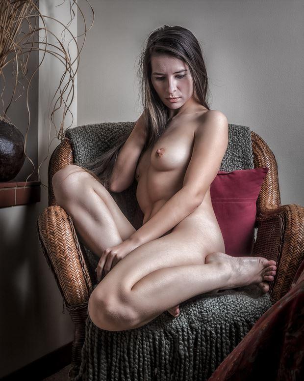 sitting pretty artistic nude photo by photographer rick jolson