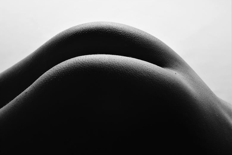 slopes artistic nude photo by photographer stenning
