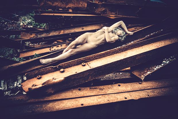 soft steel artistic nude photo by photographer kreative light