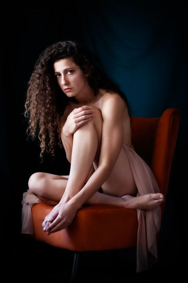 softness in corner 2 artistic nude photo by photographer tom branch