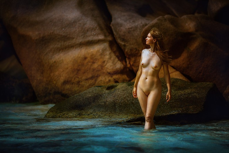 somewhere far away Artistic Nude Photo by Photographer dml