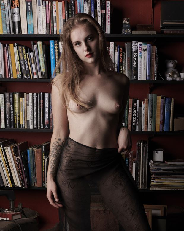 soukey and the bookshelves artistic nude photo by photographer jefflamarche