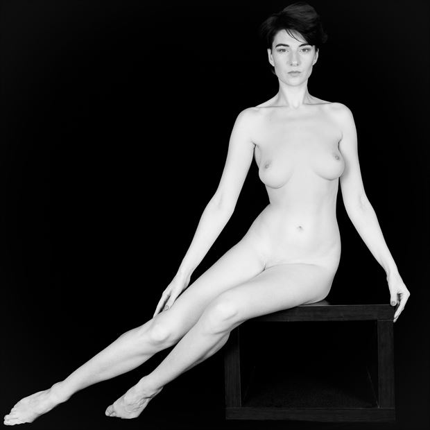 sp 20b artistic nude photo by photographer servophoto