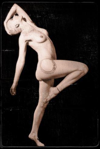 sp 21e artistic nude photo by photographer servophoto
