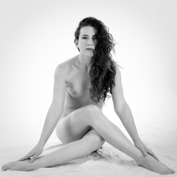 sp 230 artistic nude photo by photographer servophoto
