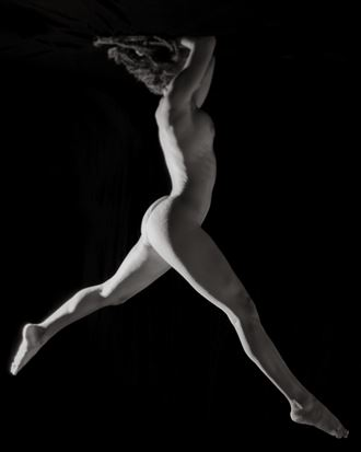 sp 240 artistic nude photo by photographer servophoto