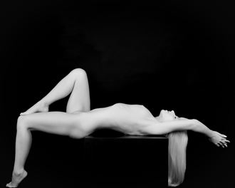 sp 244 artistic nude photo by photographer servophoto