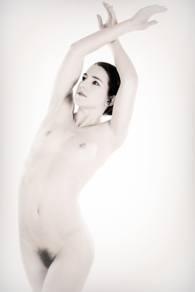 sp 249 artistic nude photo by photographer servophoto