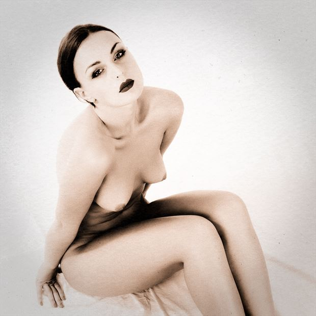sp 29d artistic nude photo by photographer servophoto