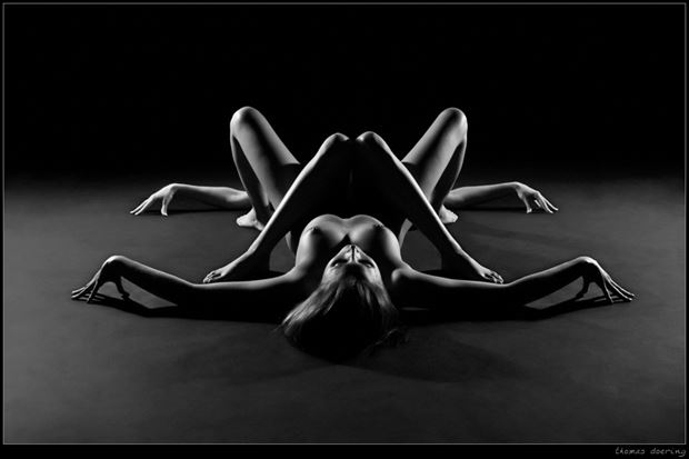spider artistic nude photo by photographer thomas doering