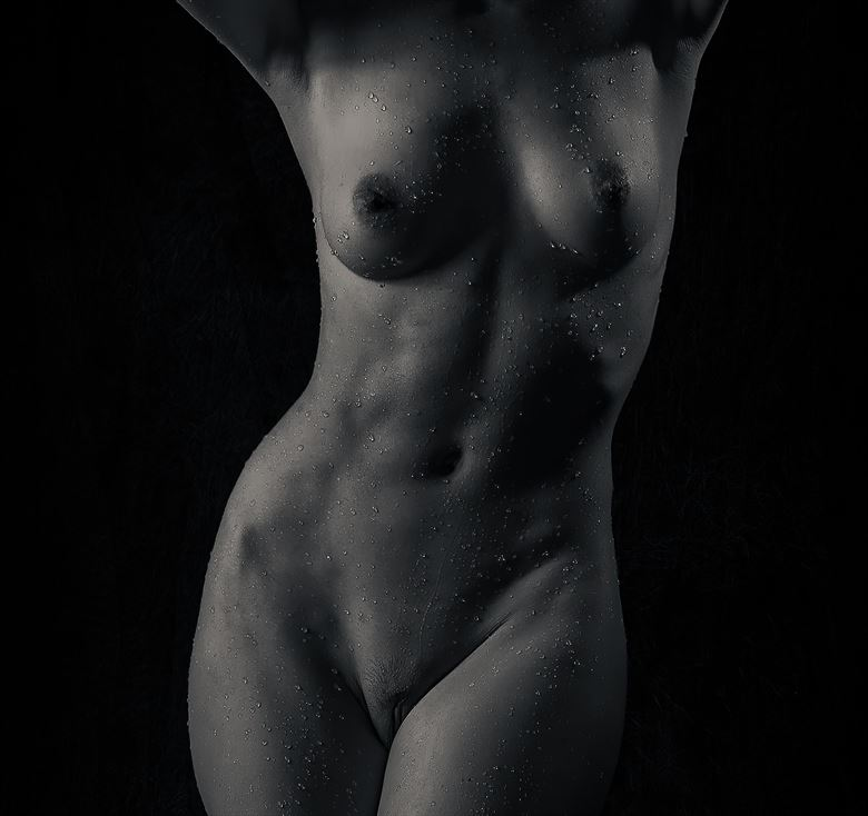 splashed torso artistic nude photo by photographer thatzkatz