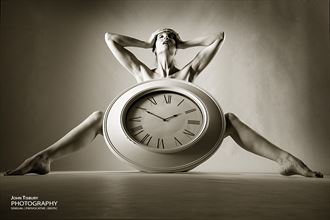 stop the clock artistic nude photo by photographer john tisbury