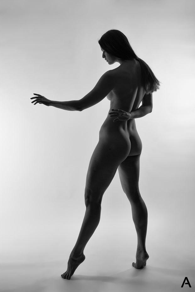 strength artistic nude photo by photographer apetura