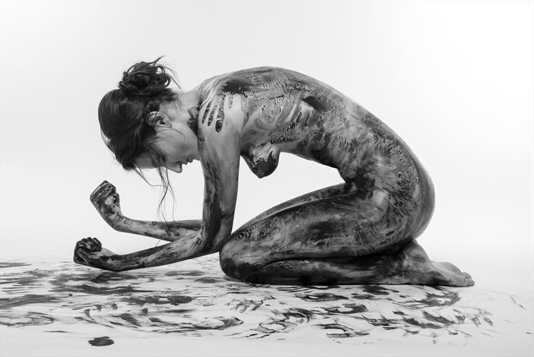 struggle with inner demons artistic nude photo by photographer gabi gogiu