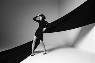 studio lighting fashion photo by photographer eecapture