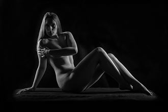 studio lighting implied nude photo by photographer barry brown images