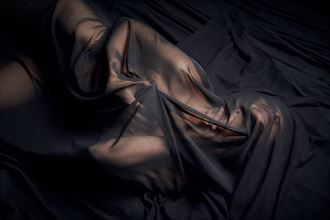 studio lighting implied nude photo by photographer stephane michaux