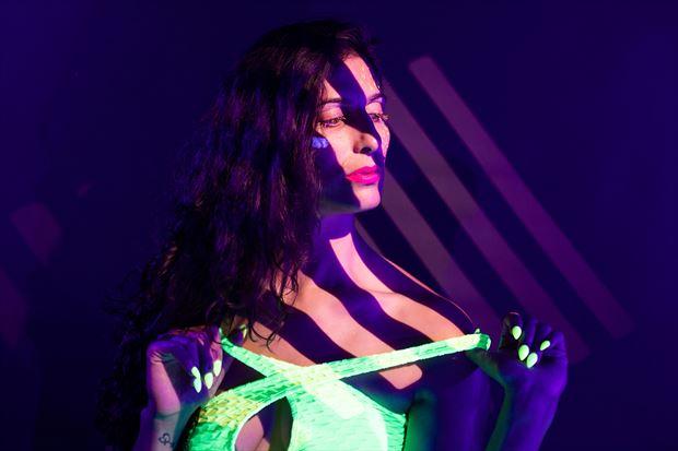 studio lighting portrait photo by photographer athol peters
