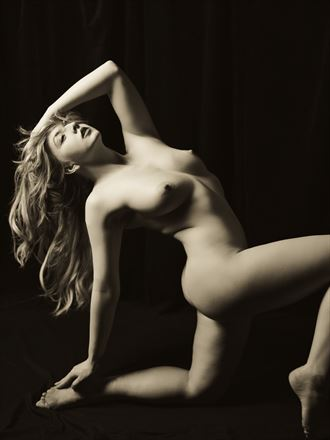 stunning nicole rayner artistic nude photo by photographer pgl05