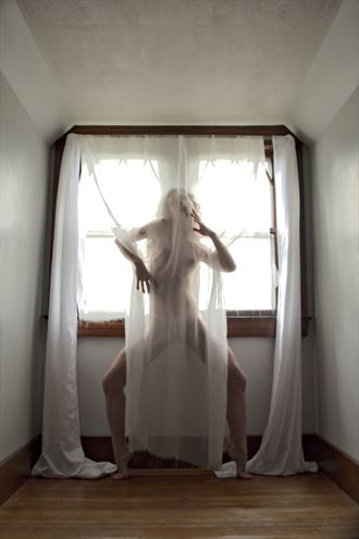 subliminal artistic nude photo by photographer adero
