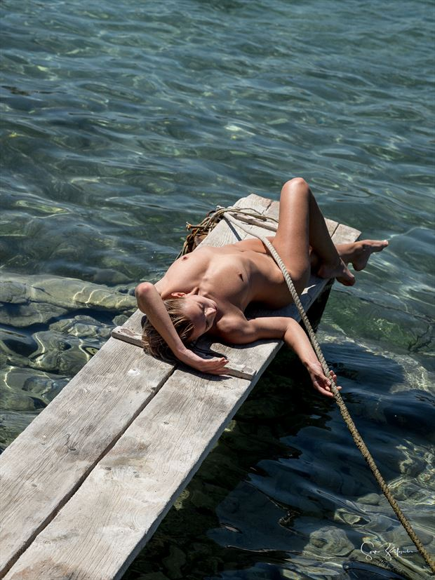 summer vibes artistic nude photo by photographer spyro zarifopoulos