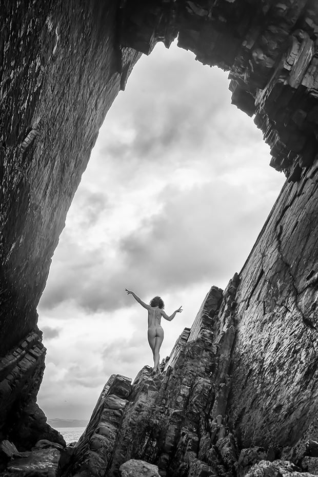 summon the skies artistic nude photo by photographer imagesse