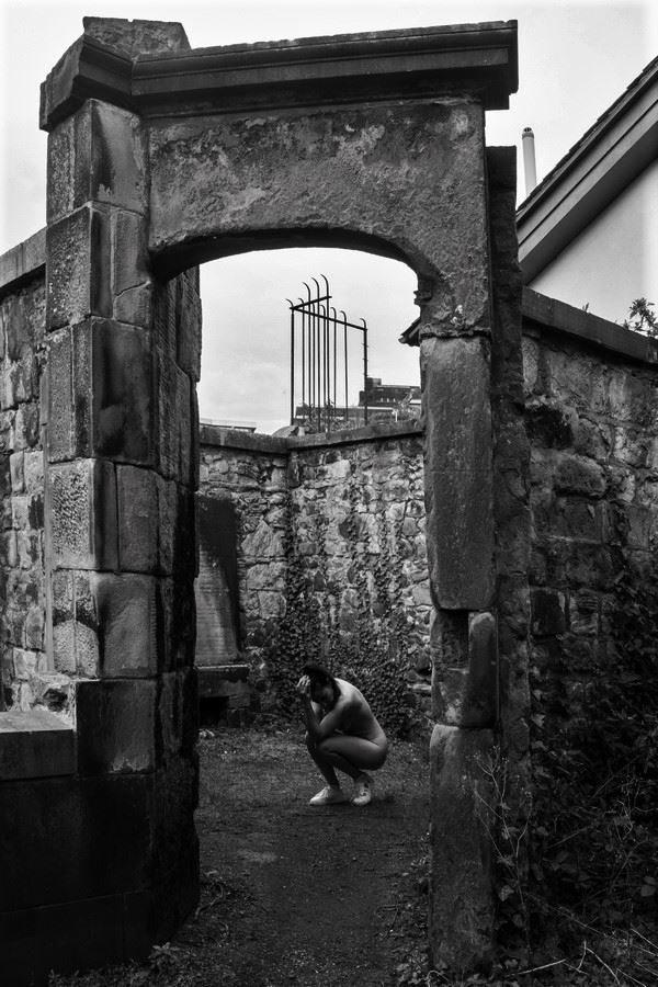 surrender to these walls artistic nude photo by model iris suarez
