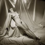 surrendering the ego artistic nude photo by artist tzoltecart