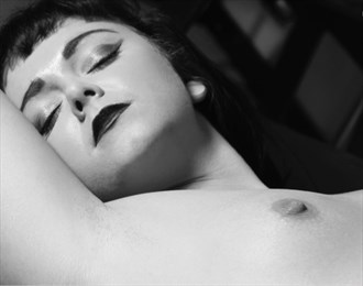 sweet repose artistic nude photo by artist theeroticnotebook