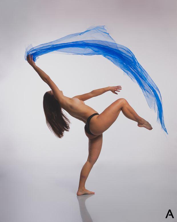 swirl artistic nude photo by photographer apetura