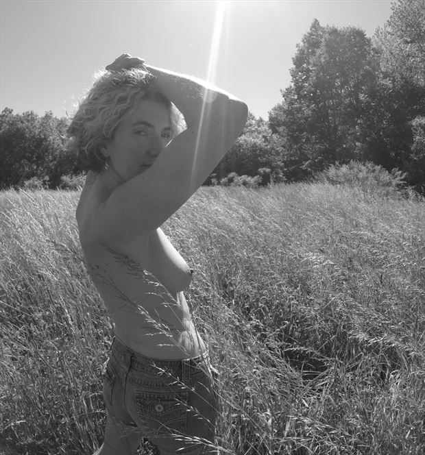 tall grass artistic nude artwork by photographer marshallart