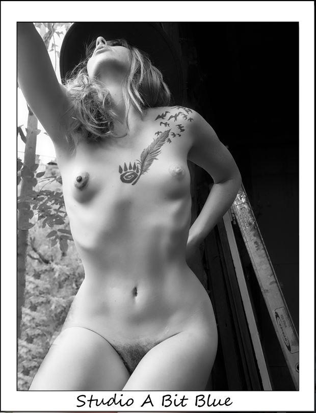 tani on location erotic photo by photographer studio a bit blue